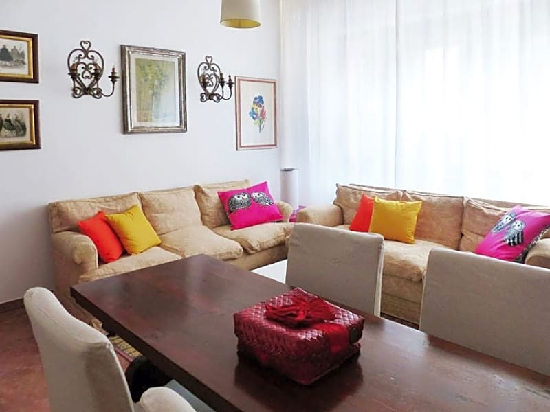 3 bedroom apartment near city center