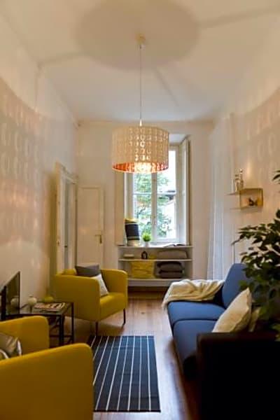 2 BR apartment in Cadorna area