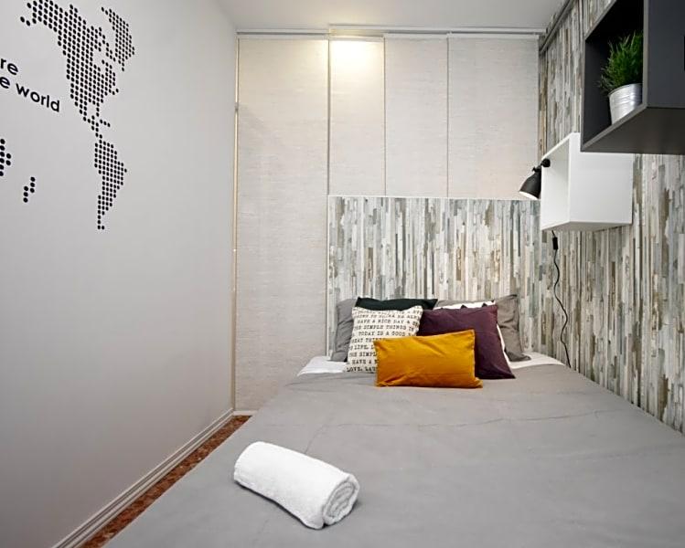 Single Room in Residence  (RH3-RB)