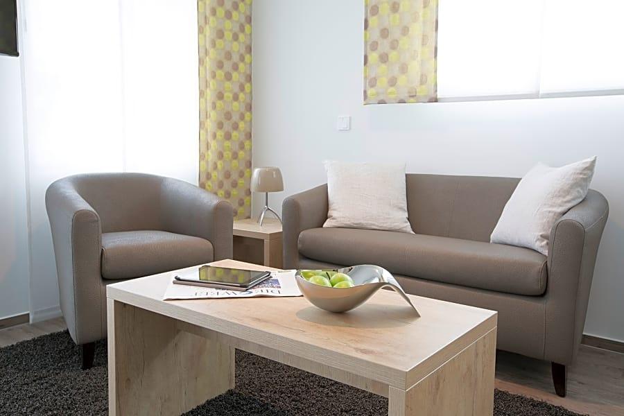 Modern student flat in Berlin 1