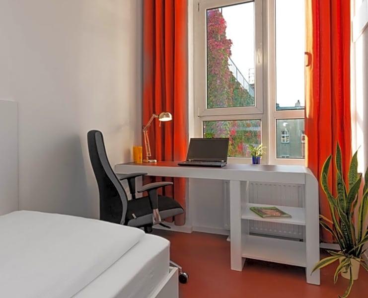 Single Studio Apartment 2