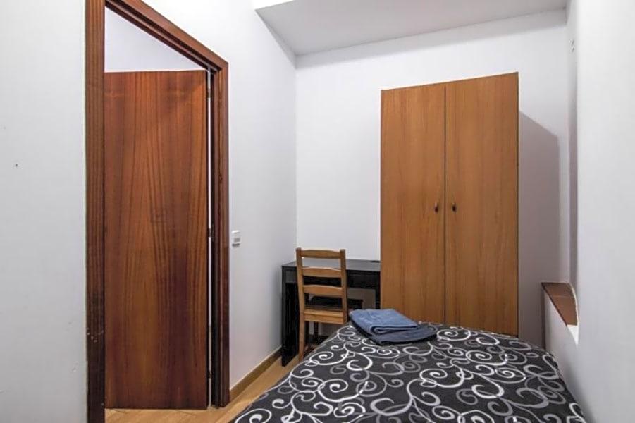 Room 3 - Avinyo 36