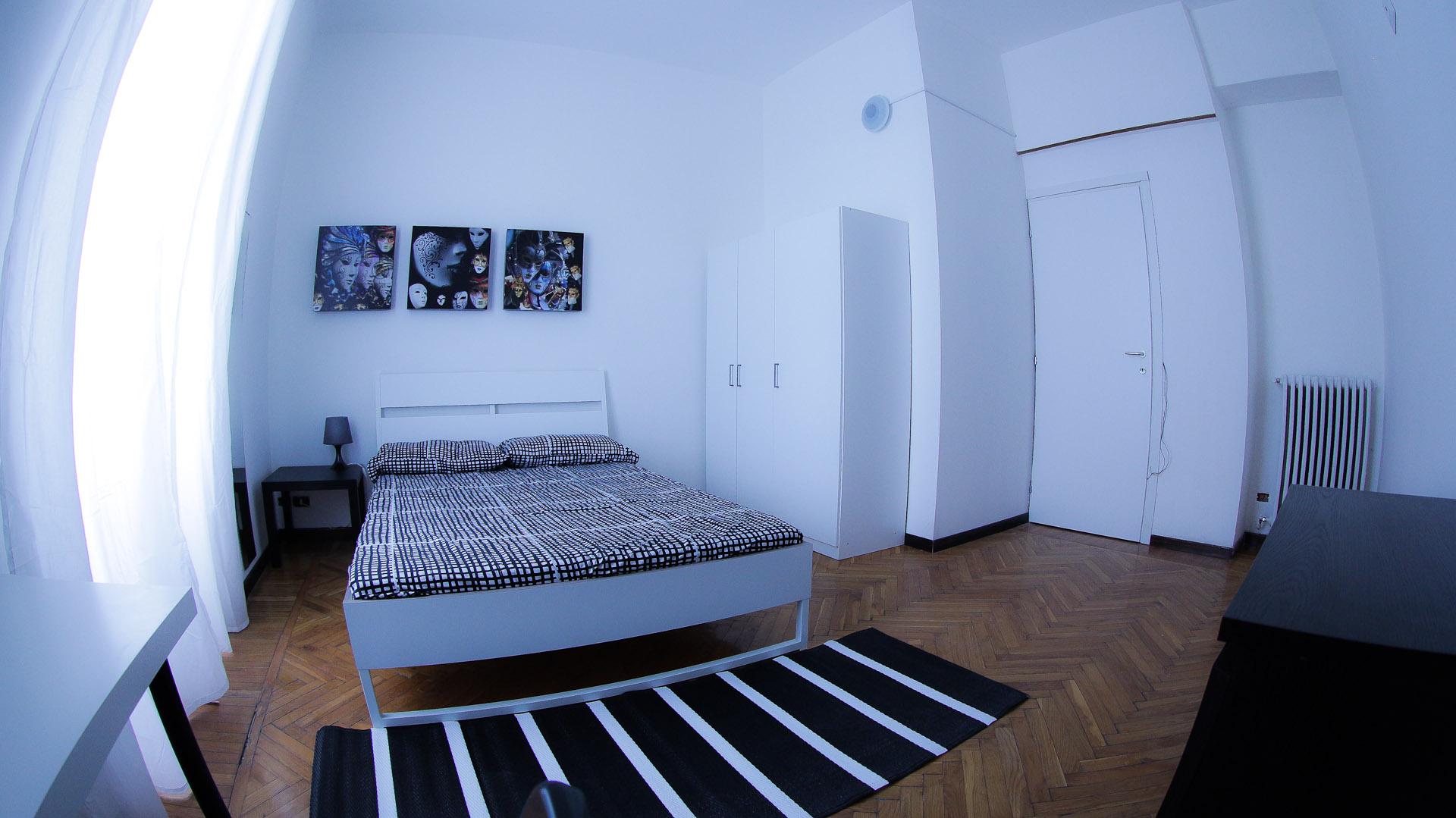Valenza Room 4