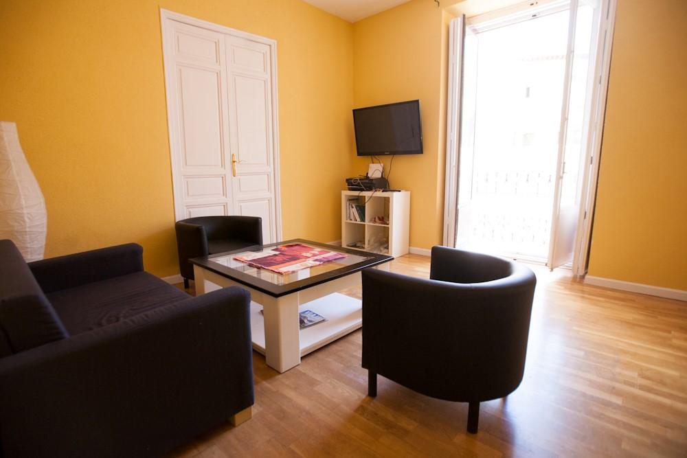 5 Bedroom Apartment - Redondilla 1D