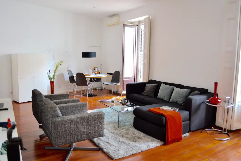 Calle Nao 3B 1 bedroom apartment