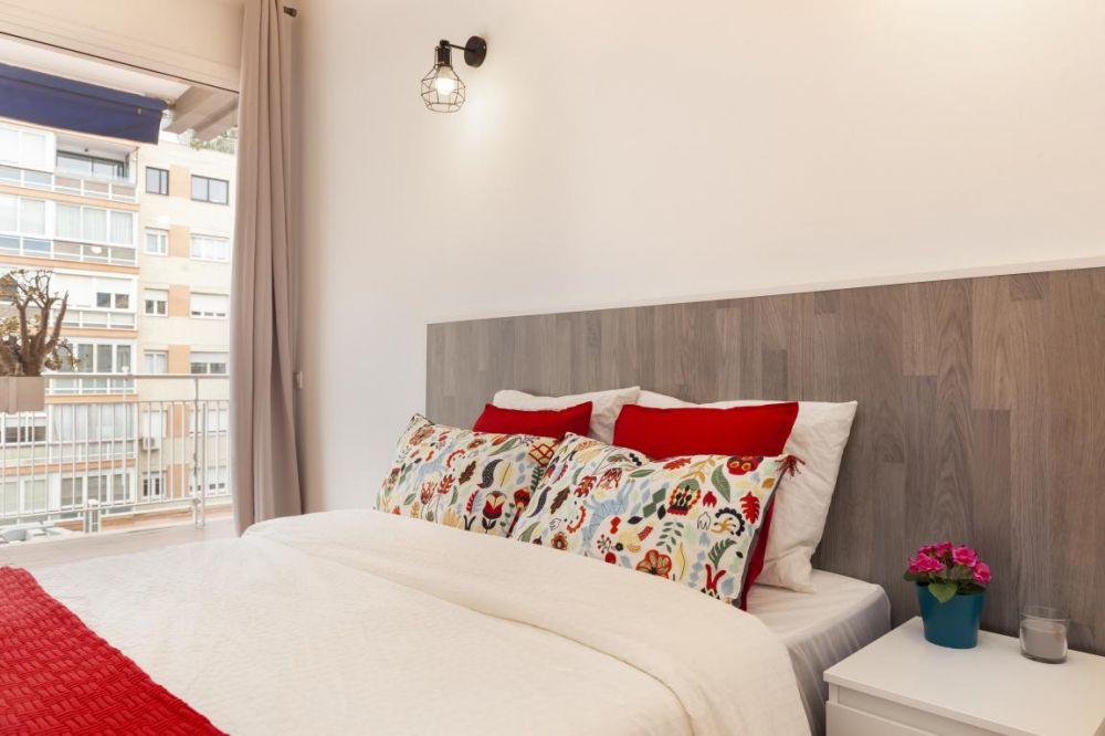 Room 2 - Balmes 4D