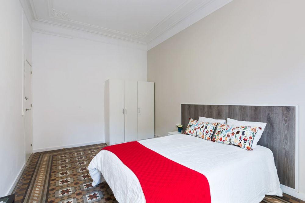 Room 4 - Balmes 26- A