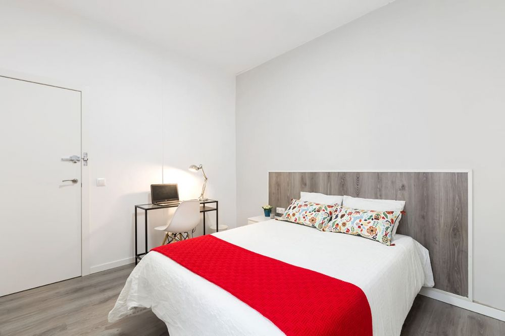 Room 1 - Balmes 26- A