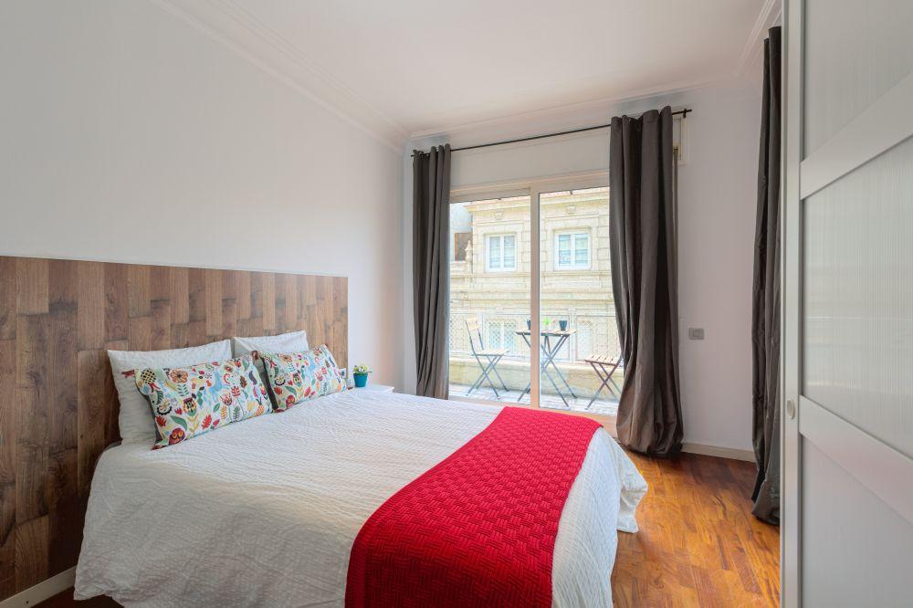 Room 1 - Moragas