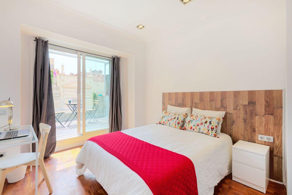 Room 2 - Moragas