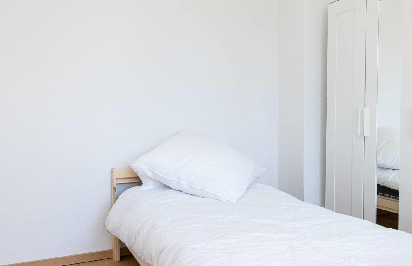 Room 4 - Adlershof