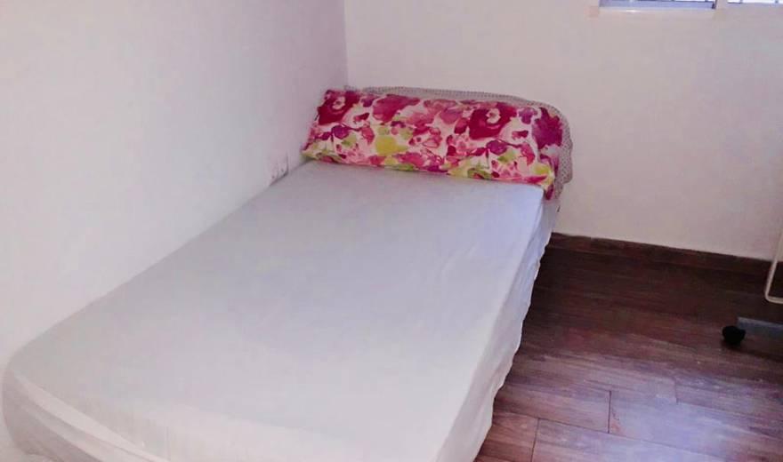 Room 3(352) - Calle Gutiérrez de Alba 2