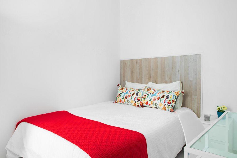Room 2 - Portaferrissa