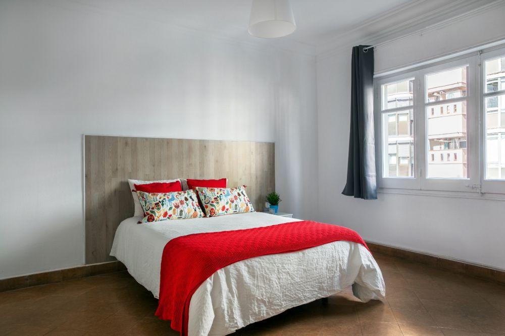 Room 4 - Valencia 2-1
