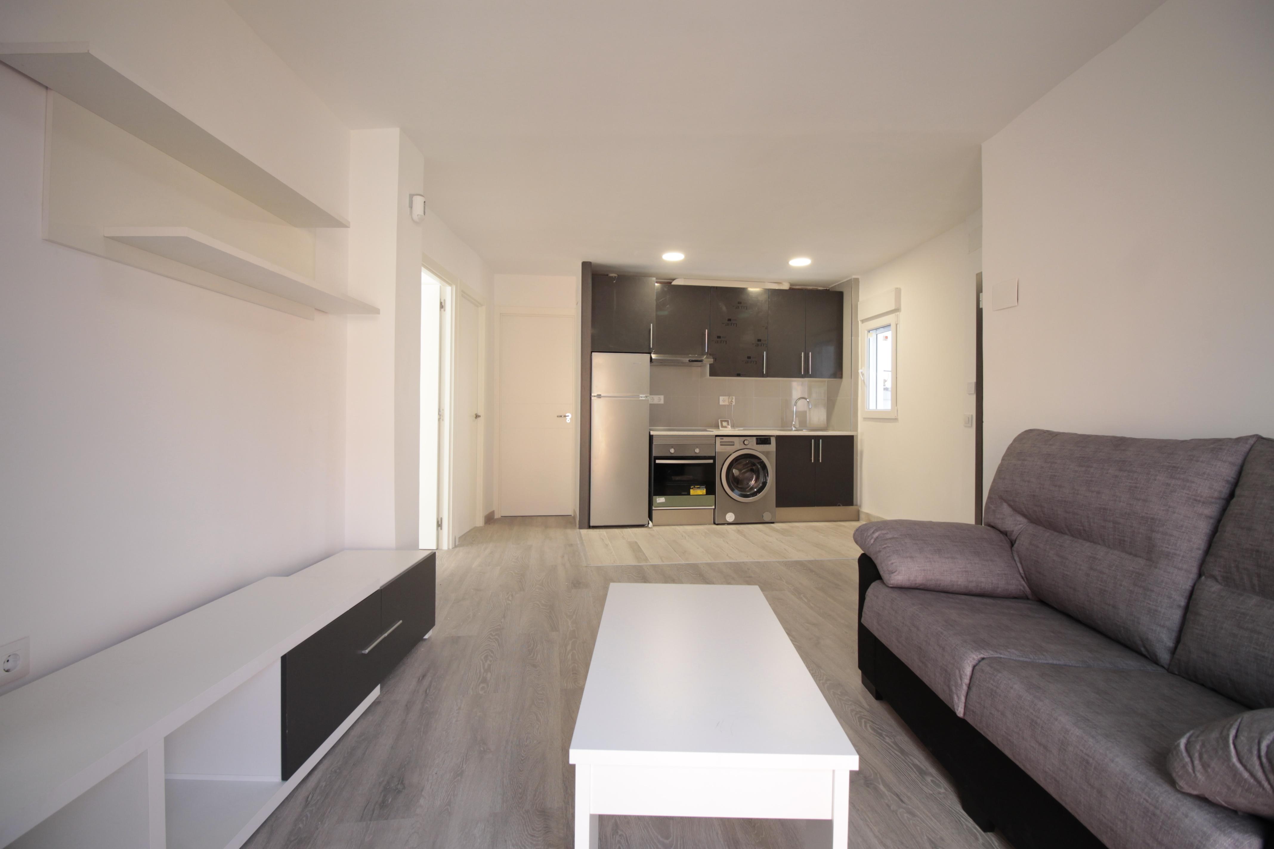 Exterior 3 Bedroom Apartment