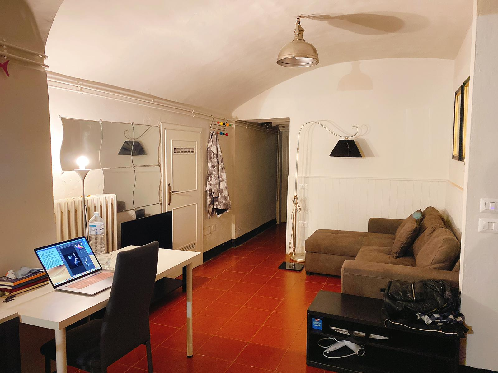 Charming basement apartment in central Florence