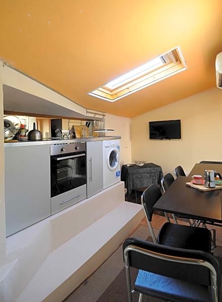 Lugarno Attic Apartment 2 Bedroom Apartment
