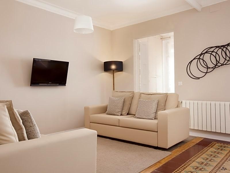 Bright and spacious Eixample apartment